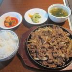 炭火焼肉・韓国料理 ハンアリ - プルコギ定食
