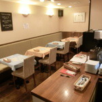 Dining Kitchen Pooh House - 店内