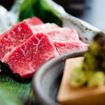 ごえ門 - 料理写真:肉の旨味とわさびの辛味・香りがよく合います