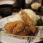 とんかつ神楽坂さくら - 海老ミックスフライ定食