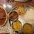 ベンガル料理プージャー - 料理写真:カレー二種
