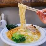 七面 - 七面@町田 ラーメン 麺リフト