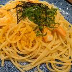 洋麺屋 五右衛門 - 紅ズワイガニと海老と本からすみのアーリオオーリオペペロンチーノ