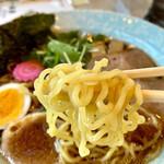 154947161 - スープと最高の茹で加減の中華麺に感激