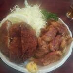 築地 とんき - 生姜焼き&メンチカツの盛り合わせ定食