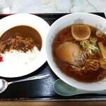 小倉食堂 - 料理写真:手打ち中華そばとおぐらのカレーのカレーセット 750円