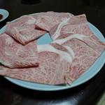 牛幸 本店 - しゃぶQの肉