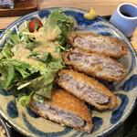 沖縄クラフトビール&琉球バル ガチマヤ - アグー豚メンチカツ