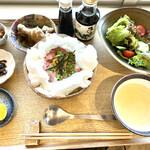 だしとおにぎり 一汁一飯 - 料理写真: