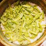 東山 吉寿 - 万願寺唐辛子の炊き込みご飯
