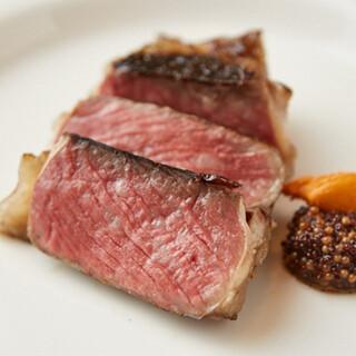 日本では稀少なジョスパーオーブンで調理する炭焼きイタリアン