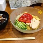 154994167 - チャーシュー丼、冷やし中華