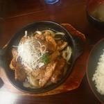 食事処 とんでん龍 - カットステーキ定食