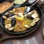 Bar espana carne - 魚介のパエリア