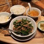 TaiKouRou Tokyo - 豚肉とピーマンの細切り炒め 1050円