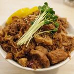 トンテキ食堂8 - 魯肉飯(400円)