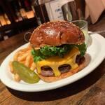 Navel Burger&Bar -