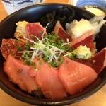 菊すし - 漬けトロ丼アップ