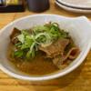 きはち屋 - 料理写真:名物 もつの煮込み 319円。