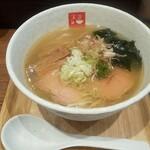 麺処 天川 - 冷しらあめん(塩味煮干しオイル入り)