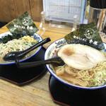 155080629 - 醤油らぅめんと野菜らぅめん(塩 お子様)