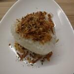 空と大地のトマト麺 Vegie  - リゾットおむすび(180円)