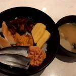 海鮮丼 若狭家 - サービス丼C