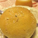 1551527 - 焼きたて自家製パン