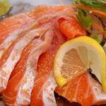 新町アルボーレ - 本日鮮魚のカルパッチョ 900円