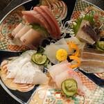 虎丸 - 料理写真:お造り(7種盛り)