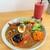 アンド ライフ カフェ - 料理写真:オリジナルスパイシーカレー+野菜と果物の濃厚スムージー・ビューティーレッド。1265+530円