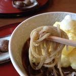 矢的庵 - 麺はこんな感じ