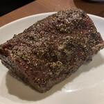 焼肉 房家 - 塊ハラミの黒胡椒焼き