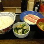 神戸らんぷ亭 - ベーコンエッグ定食