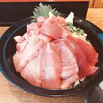 155147686 - 生本鮪丼                        特盛(ネタ・ご飯増)