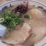 博多だるま - 半熟煮玉子付ラーメン¥780