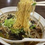 155152116 - 台湾ラーメン麺上げ