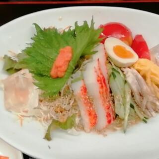 ふくちゃん - 料理写真:冷やし博多 935円