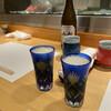 和源 - ドリンク写真:瓶ビールで喉を潤します
