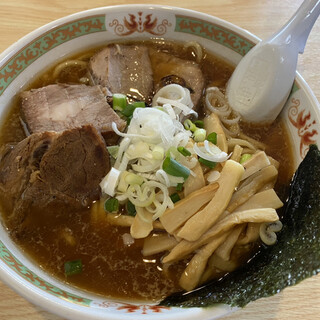 長八 - 料理写真:チャーシュー麺中盛