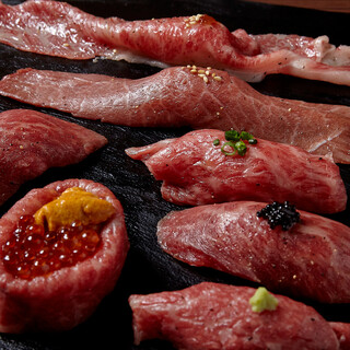 A5ランクの黒毛和牛を使った圧巻の肉寿司七種