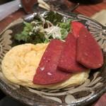 泡盛と沖縄料理 龍泉 - スパムと玉子焼き