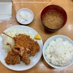 155211396 - ミックス定食 ¥870