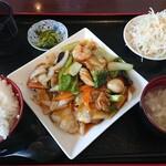 台湾料理 弘祥 - 料理写真:八宝菜