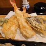 紅葉川 - 「花」の天ぷらで十分満足!