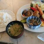 レストラン コロナ - ワンプレートランチ 全景 1,080円