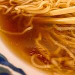 清見そば本店 - 澄んだスープ