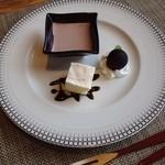 15523789 - 稲吉ステーキランチ  デザート(小豆のムース)