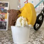 ポルト - 料理写真:・ダブルカップ 400円/税込 (お米、チョコレート、※マンゴー)