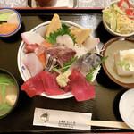旬菜魚 いなだ - 特上海鮮丼定食